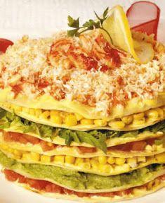 Torta de panqueques de verdura y mariscos (para 10 personas) También puede reemplazarla jaiba o centolla por otro marisco o kanikama. OjoconelArte.cl |