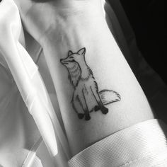 Small fox tattoo, hand-drawn and tattooed by Texas Betty