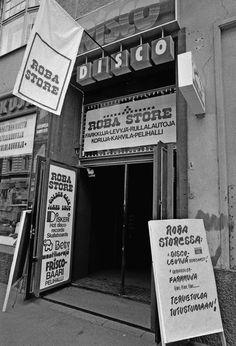 Frisco Discon ja Roba Storen sisäänkäynti Iso Roobertinkadulla 1978. (Kuva Hgin kaupunginmuseo, Harri Ahola)