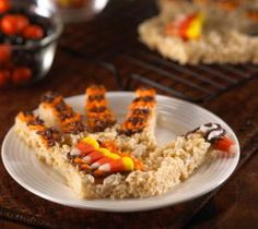 Your whole family will want to lend a hand with this recipe. Decorate the turkeys with candy corn and frosting. Then watch them get gobbled up.