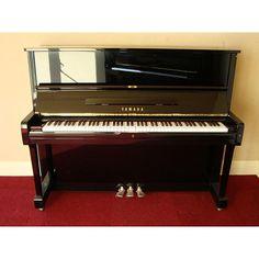 Đàn piano Yamaha UX-1
