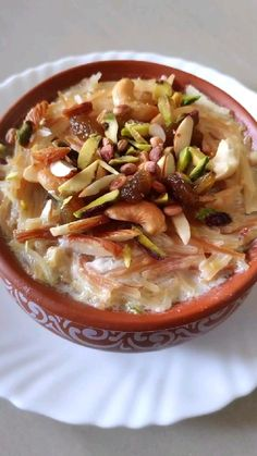 Puri Recipes, Pakora Recipes, Vegetarian Snacks, Healthy Desserts, Prawn Dishes, Kheer Recipe, Diwali Food, Indian Dessert Recipes, Diwali Decorations