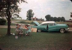 Toutes les tailles | Trunk Lunch and a 1956 Mercury Monterey | Flickr : partage de photos !