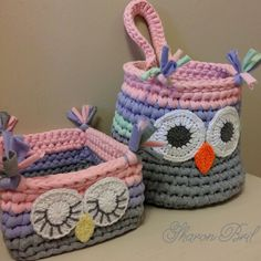 Crochet baskets Holiday Crochet, Crochet Gifts, Crochet Yarn, Plastic Bag Crochet, Crochet Bowl, Crochet Designs, Crochet Patterns, Knit Basket, Crochet Baskets