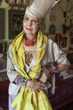 I love Debra Rapoport... Advanced Style