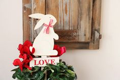 valentine day gift, love wood sign, bunny rabbit sign, gift for her, valentine decor, garden marker outdoor & gardening, garden decoration