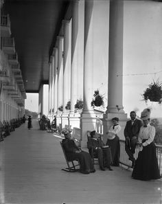 Experience the tradition of Grand Hotel - History Photo Gallery Mackinaw Island Michigan, Mackinaw City, Mackinac Island, Grass Lake Michigan, Big Bay, Somewhere In Time, History Photos, Grand Hotel, Old Photos