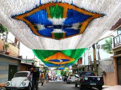 Manaus, decoração para a Copa do Mundo 2014 (Foto: Edmar Barros/Futura Press/Estadão Conteúdo)
