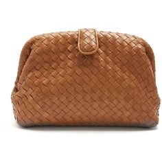 Bottega Veneta The Lauren 1980 intrecciato-leather clutch (€1.785) ❤ liked on Polyvore featuring bags, handbags, clutches, camel, woven leather purse, woven purse, real leather purses, camel leather handbag and woven leather handbag