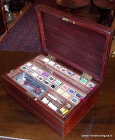Edwardian Complete Artist Box - Circa 1900 - Rare Item - Read more here on my Website http://www.fennelly.net/Antiques/Newest%20Listings%20-%20Antique%20Shop%20Dublin%20Ireland/328%20Edwardian%20Complete%20Artist%20Box%20-%20Circa%201900%20-%20Rare%20Item.aspx
