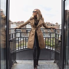 Today's fit Coat @bcbgmaxazria Top @windsorstore Pants @Windsor Shoes @lolashoetique Sunnies #céline