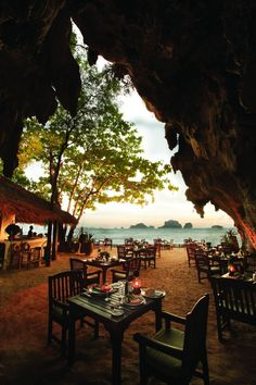 The Grotto at Rayavadee.The Grotto in Krabi, Thailand. 35 most amazing restaurants with a breathtaking view. There's nothing like eating delicious meal with a magnificent view. Thailand Beach, Thailand Vacation, Thailand Honeymoon, Thailand Travel, Asia Travel, Krabi Thailand Hotels, Bangkok, Chiang Mai, The Places Youll Go