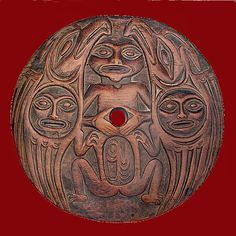 Coast Salish spindle whorl. One example of the classic spindle whorls from which Susan Point drew style and inspiration.