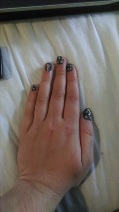 Nails inspired by the night sky