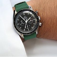 Our green perlon strap on a Omega Speedmaster. Order the strap from our - whatchsdotcom ( Vintage Watches For Men, Luxury Watches For Men, Stylish Watches, Cool Watches, Men's Watches, Rolex, Dream Watches, Omega Speedmaster, Watch Bands