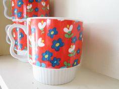 Red Calico Stacking Mod Mugs set of 4