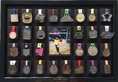 Medallero, Vinipiel Para 28 Medallas Con Foto O 32 Medallas - $ 790.00
