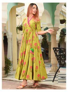 Cotton Dresses Online, Cotton Gowns, Cotton Long Dress, Dress Online, Cotton Dress Indian, Casual Cotton Dress, Stylish Dresses For Girls, Stylish Dress Designs, Designs For Dresses