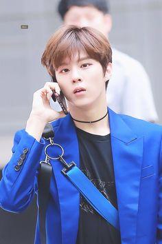 looks so busy 😂 Love U Forever, Fandom, Korean Boy Bands, My Boo, Kpop Boy, Jinyoung, My Sunshine, Mini Albums, Rapper