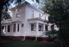 Side view, Bagley-Daniels-Pegues House, Raleigh, Wake County, North Carolina