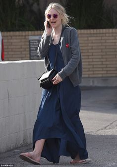 dakota fanning gets married young in effie gray trailer 01 Dakota Fanning chats on the phone after running out of gas on Tuesday (January in Studio City. The actress was able to ask for help from some… Getting Married Young, Marrying Young, Fashion Tights, Fashion Outfits, Womens Fashion, Dakota Fanning Style, Effie Gray, Blue Jean Outfits, Comme Des Garcons Play