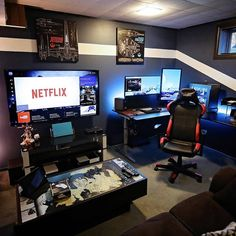 Best Video Game Room Ideas For Gamers Guide ☼ Via Room Setup Gamer Room Computer Gaming Room, Gaming Room Setup, Desk Setup, Gaming Pcs, Pc Setup, Gaming Desk Diy, Gaming Router, Gamer Setup, Computer Setup