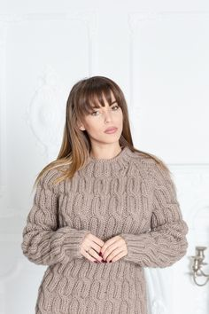 Cable Knit Crewneck Wool Sweater , Hand Knitted Woolen Pullover in Beige Thick Sweaters, Hand Knitted Sweaters, Mohair Sweater, Cute Sweaters, Winter Sweaters, Wool Sweaters, Knitting Sweaters, Icelandic Sweaters, Cashmere Wool