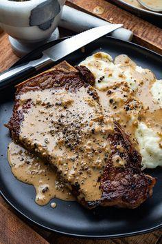 "yummyinmytumbly: ""Pan Seared Steak in Creamy Peppercorn Sauce "" Peppercorn Sauce For Steak, Steak Cream Sauce, Best Steak Sauce, Sauce Recipes, Beef Recipes, Cooking Recipes, Pepper Recipes, Lunch Recipes, Kitchen"