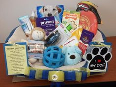 Silent Auction Ideas - Pet toys silent auction basket by Maria Rosa nAuXn Theme Baskets, Themed Gift Baskets, Diy Gift Baskets, Basket Gift, Gift Hampers, Fundraiser Baskets, Raffle Baskets, Chinese Auction, Silent Auction Baskets
