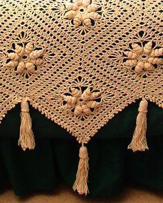 Curlicue Coverlet Crochet Pattern PDF by Maggiescrochet on Etsy Crochet Bedspread Pattern, Baby Afghan Crochet, Crochet Motifs, Granny Square Crochet Pattern, Afghan Crochet Patterns, Irish Crochet, Crochet Vintage, Sport Weight Yarn, Crochet Projects