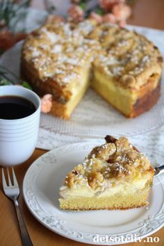 Scandinavian Food, Danish Food, Rhubarb Recipes, Something Sweet, Let Them Eat Cake, Yummy Drinks, Baked Goods, Food And Drink, Sweets