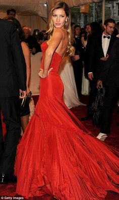 Giselle looking gorgeous as ever in beautiful red gown