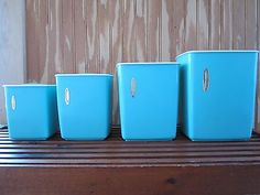 Vintage Rubbermade Plastic Kitchen Canister Set - Retro blue/turquoise