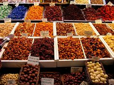 Want to try new products to enrich your Taste the richest, freshest, and purest food in Barcelona at Start your Christmas season FRESH. Barcelona Food, Pureed Food Recipes, Dried Fruit, Fast Growing, Chocolate, Home Remedies, Healthy Eating, Fresh, Pure Products