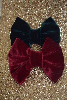 Leatherette // Faux Leather Fine Glitter Bow No Clip 3.25 Inch DIY 7.5 cm