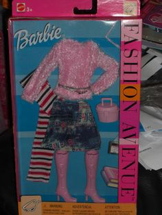 2002 BARBIE FASHION AVENUE TRENDY FASHION #25701 #Mattel