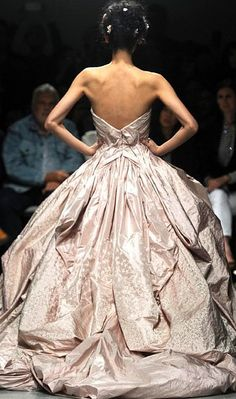 Zac Posen Spring 2014....ummmmmm anyone else disgusted by the skeleton modeling this dress?????????