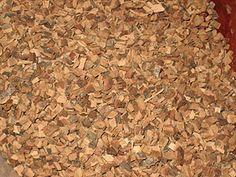 oak bark makes a beige/gold beige on wool