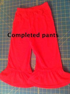 Pictorial Ruffle Pants Tutorial  @Boutique Elli'Ette Boutique Elli'Ette  knot-dresses.com #sewing #tutorials #sewingtutorials