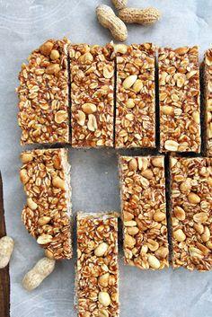 Crunchy Peanut Butter Granola Bars With Rolled Oats Peanuts Medjool Dates Peanut Butter Honey Salt Crunchy Peanut Butter Granola Bar Recipe, Healthy Granola Bars, Homemade Granola Bars, Healthy Bars, Homemade Peanut Butter, Peanut Butter Bars, Healthy Snacks, Healthy Muesli Bar Recipe, Date Granola Bars
