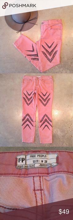 Free People Ankle Skinny in Dusty Rose Free People skinny jeans, size 28 (size 6), in excellent condition! Only flaw is a small spot shown in 4th photo. Color is dusty rose, length is ankle, and details include black arrows on front and back. Please ask any questions. No trades. Make a reasonable offer. Thanks! *Cover photo accessories not included* Free People Jeans Skinny