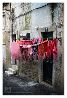 Red Laundry Day   Garelito-Photos on deviantART.