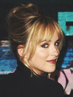 Dakota looks so much like her beautiful Mother here..Melanie Griffith :D