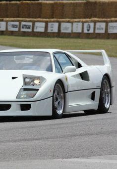 Ferrari F40- #LadyLuxuryDesigns. Click to see more - http://gigatop.eu/ - http://goo.gl/EtVGOu