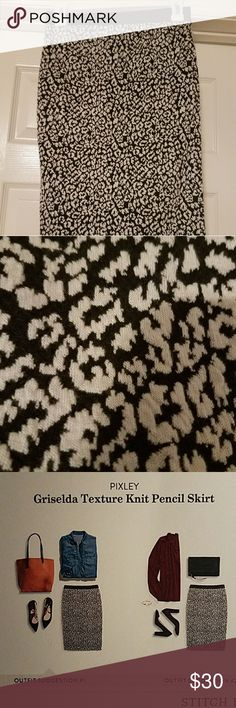 Pixley Griselda Texture Knit Pencil Skirt Black and white print skirt. Came with a stitchfix bundle but didn't love the style on me. pixley Skirts Pencil