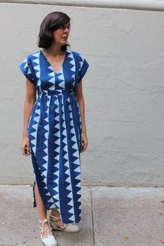 The Charlie Caftan by Closet Case Patterns made up in one of our Merchant and Mills Hand Block Printed Fabrics by Charlie, the muse for this style, who blogs at Noble and Daughter....pattern and fabric both available from our online store... www.drapersdaughter.com #ClosetCase #merchantandmills #sewing