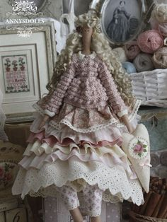 (Lorette Doll) , just love her dolls, so shabby chic, with knitted jumpers/cardigans, can use for inspiration
