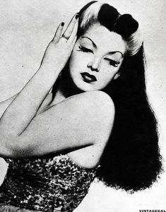Burlesque dancer Zorita, 1942. I really really really want Bride of Frankenstein highlights