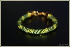 Wężowa bransoletka w barwach zieleni