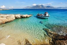 Koufonisia Greece, I miss swimming in these waters! Best non-touristy place to visit in Greece